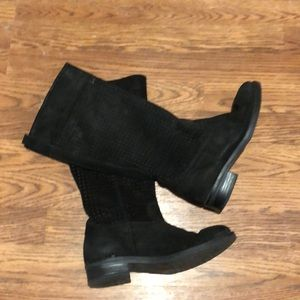 Women's Eric Michael suede boots size 6